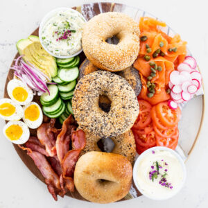 Easy bagel board