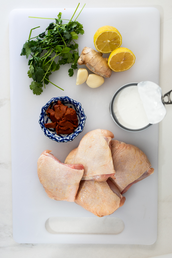 Ingredients for braised chicken thighs
