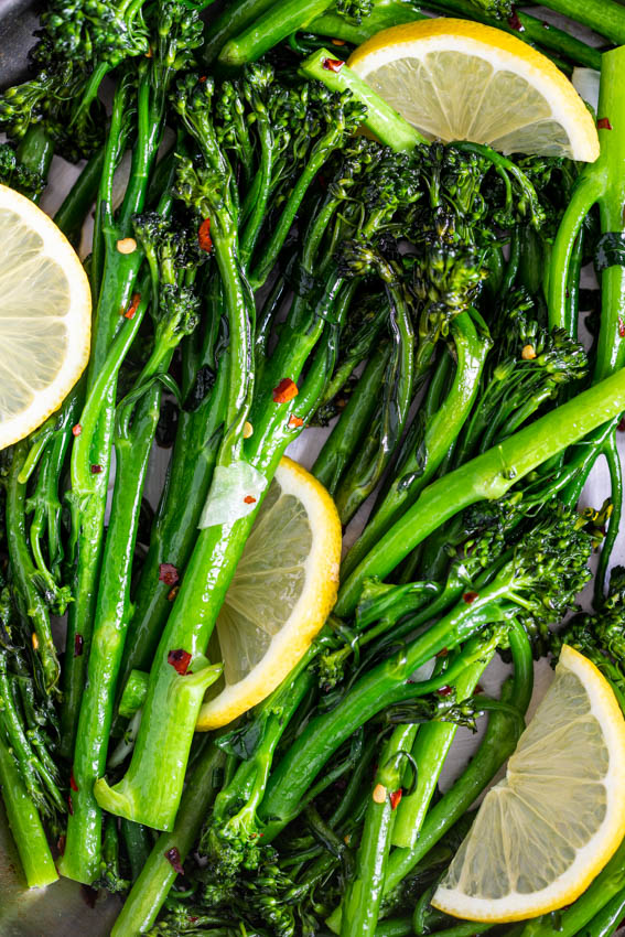 10-minute lemon garlic sautéed broccolini