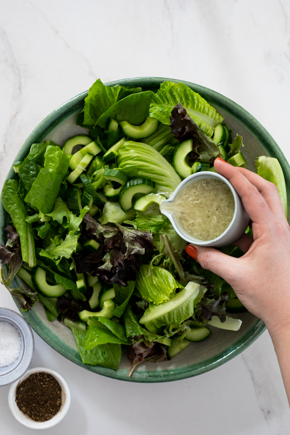 Easy green salad with lemon Parmesan dressing