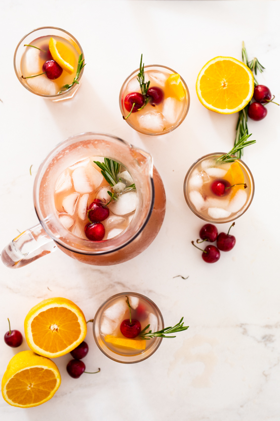 Easy orange cranberry punch