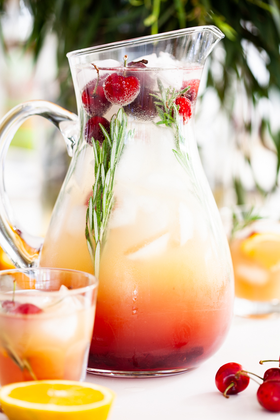 Easy orange cranberry punch