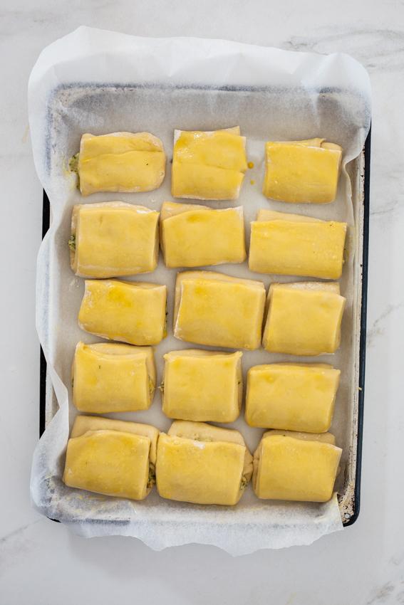 Confit garlic Parker house rolls