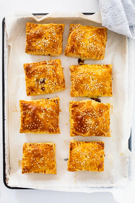 Creamy chicken puff pastry puffs