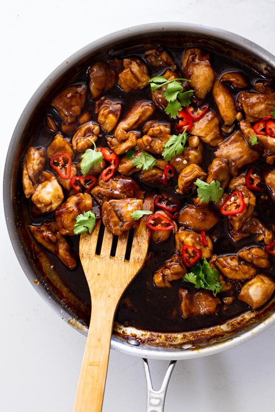 Easy sticky garlic chicken