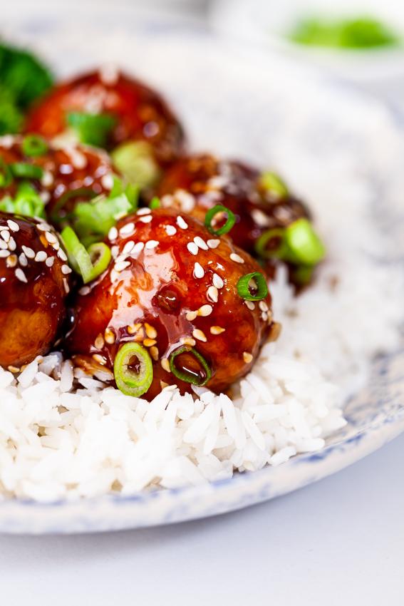 Sticky Teriyaki Chicken Meatballs