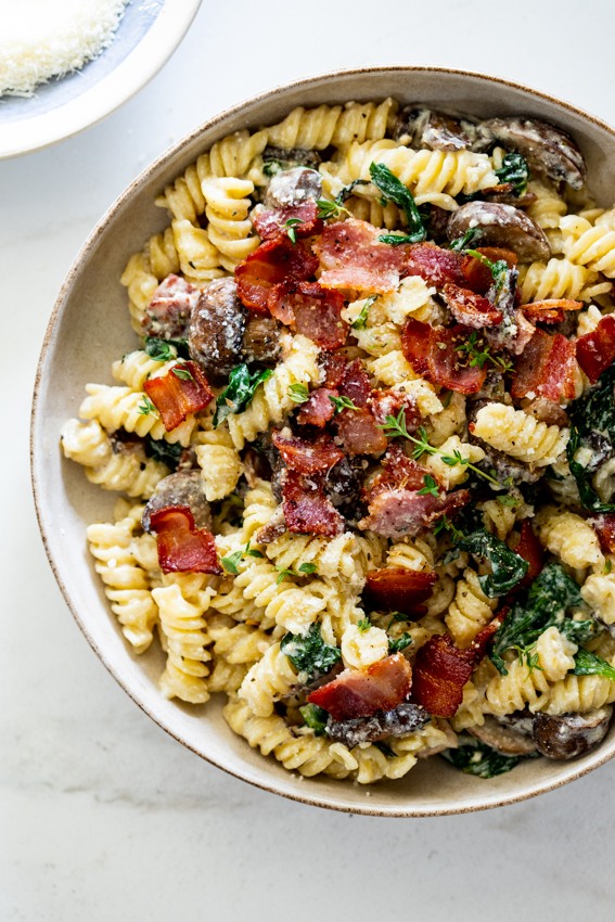 Easy Baked Feta Pasta with Mushrooms and Spinach