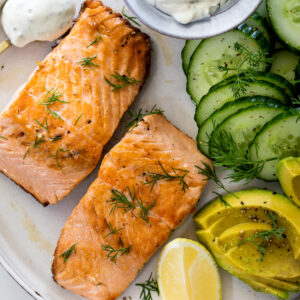Easy Pan Seared Salmon with Dill Yogurt Sauce