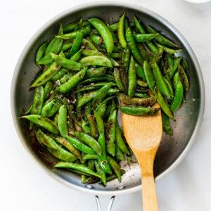 Easy garlic lemon sugar snap peas