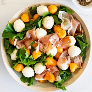 Quick and Easy Prosciutto Melon Salad with Mozzarella