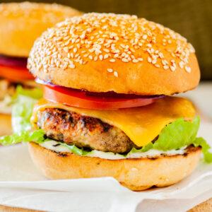 Cheesy Jalapeño Grilled Turkey Burgers