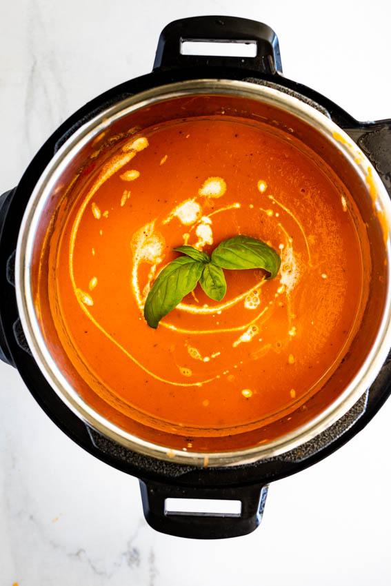 Easy Instant Pot Tomato Soup