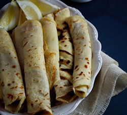 Pancakes (crêpes) with Cinnamon Sugar
